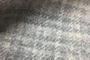 H2521 - Lt Grey Check (425 grams / 15 Oz)