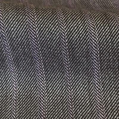 H3618 - Lt Grey Fancy W/ Lilac 8mm pins Pin (285 grams / 9 Oz)