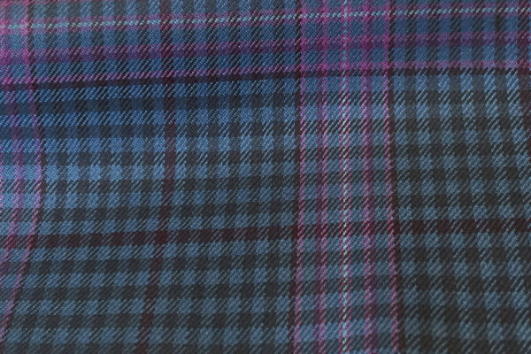 H4100 - Lt French Blue Gingham Check W/Pink OC (285 grams / 9 Oz)
