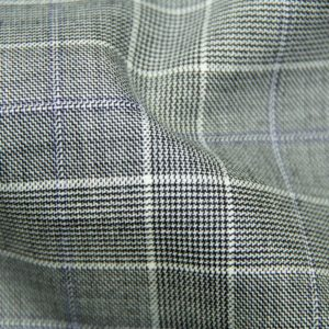 H5906 - LT GREY TRAM PLAID W/ LILAC WINDOW PANE (275 grams / 8 Oz)