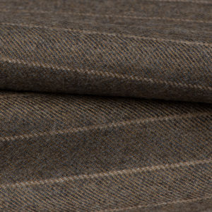 H7118 - Dark Stone W/ Beige Chalk Stripe (300 grams / 10 Oz)