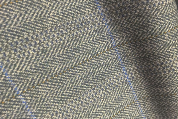 H7410 - GREY HERRINGBONE WITH BLUE & GOLD OVER-CHECKS (500 grams / 17 Oz)