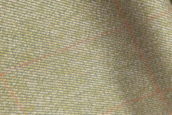 H7427 - LIGHT GREEN WITH RED OVERCHECK (500 grams / 17 Oz)