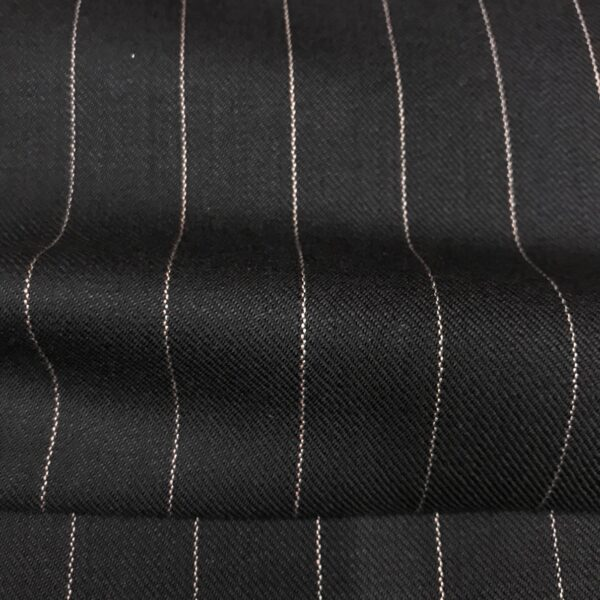 SAL48 - Extra Fine Merino Wool Navy W/ Pink Pin