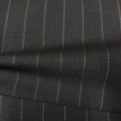 SAL63 - Extrafine 100% Merino Wool Black W/ White Pin