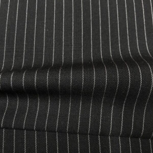 SAL64 - Extrafine 100% Merino Wool Black W/ 2mm White Pin
